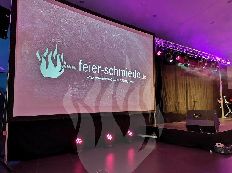 atzert:weber, Autohaus, Audi, Audi-Zentrum, Beamer, Leinwand, Stativleinwand, Video, Präsentation, Konferenz, Tagung, Meeting, Schulung, Schulungsraum, Fulda, Veranstaltungstechnik, DJ, Feier-Schmiede